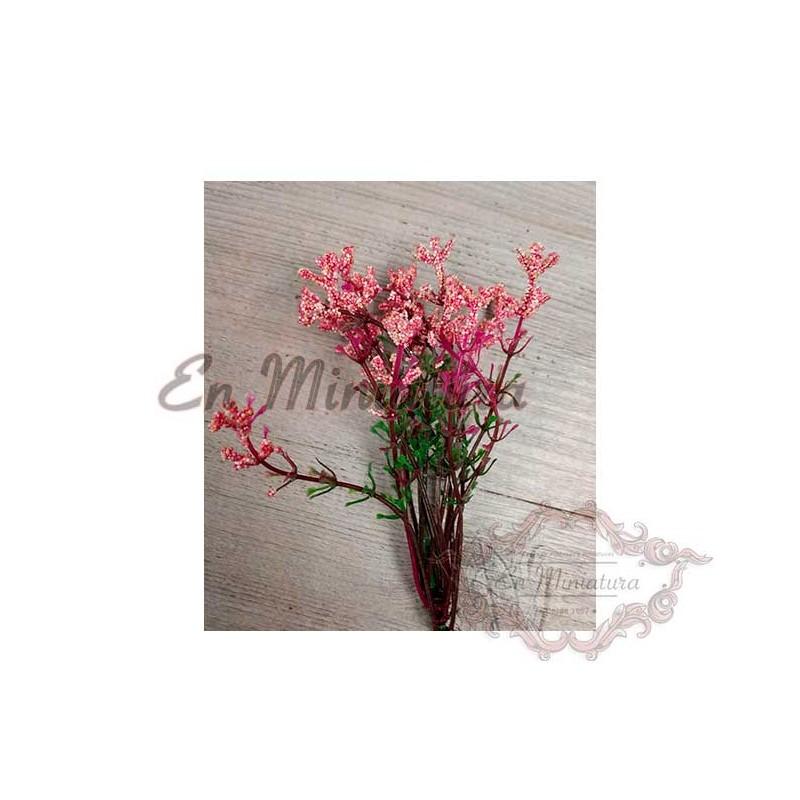 Ramo de  flores rosas en miniatura