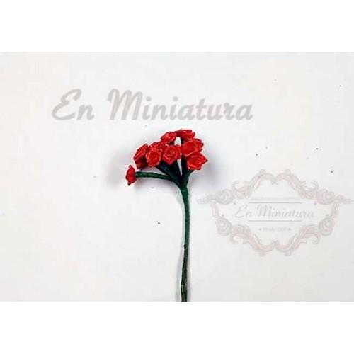 Rosas rojas en miniatura