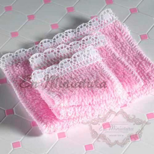 Juego cuatro toallas rosas
