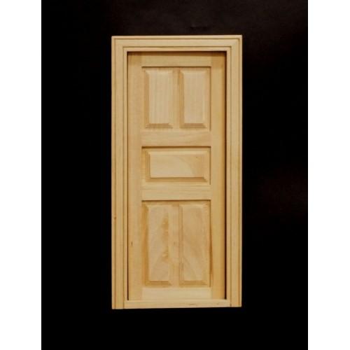 Puerta en madera natural