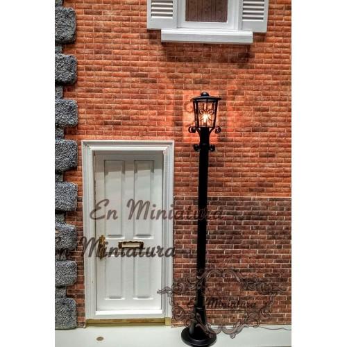 Street lamp high