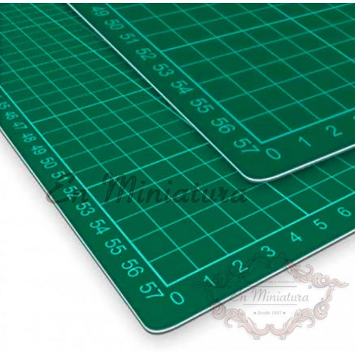 Cutting plate 45cm x 30cm