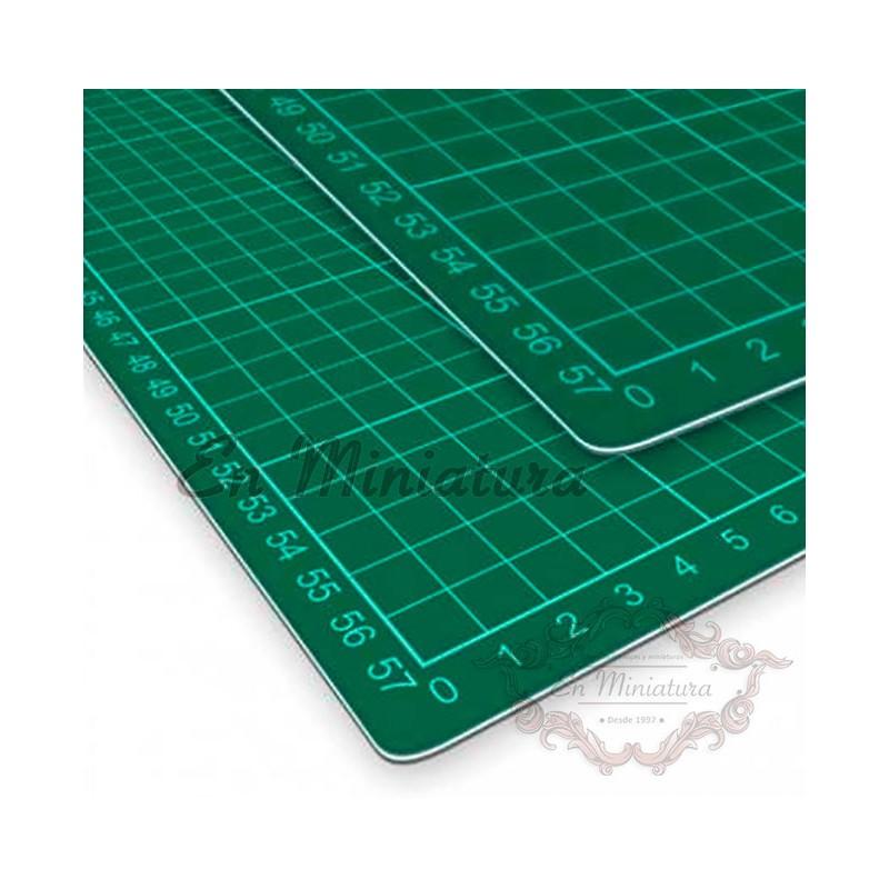 Plancha de corte A4  30cm x 22cm