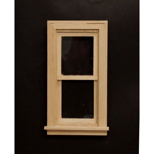 Ventana vertical en madera natural