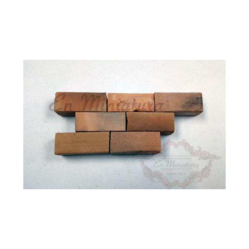 Rustic solid brick ladder 1:10