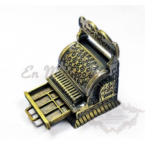 Caja registradora antigua en miniatura