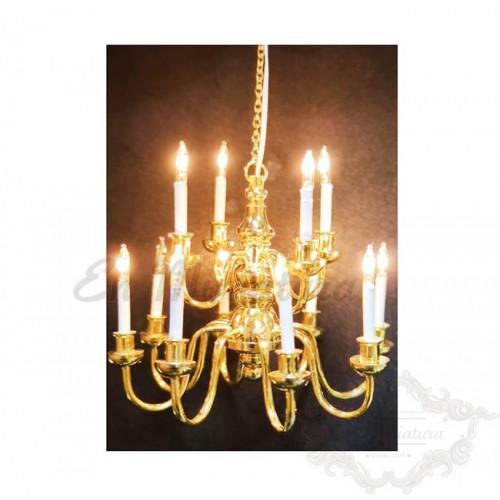 Lámpara de araña en dorado para casas de muñecas