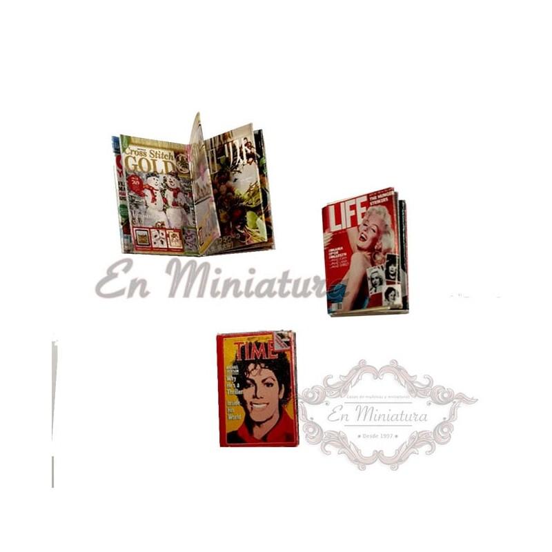 Miniature magazines