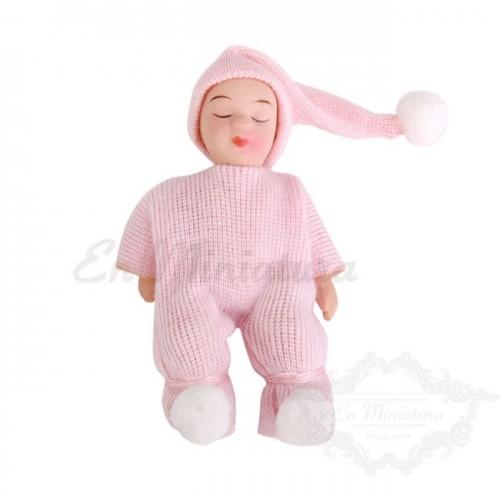 Bebé en pijama miniatura