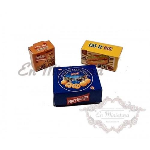 Cajas de galletas y dulces