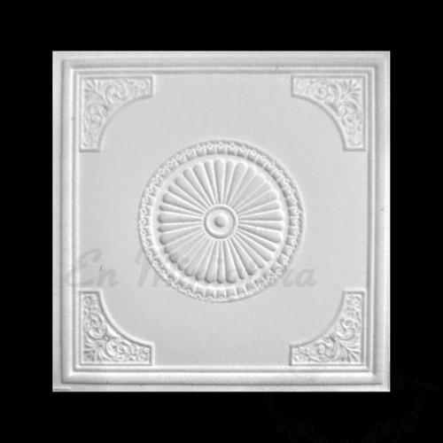 Rosetón de techo con esquinas