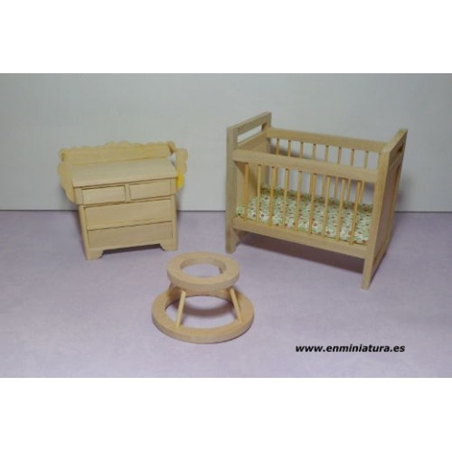 Miniature furniture in unpainted wood - En Miniatura