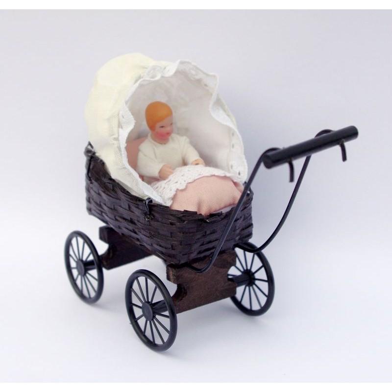 Carricoche bebé de casa de muñecas barata