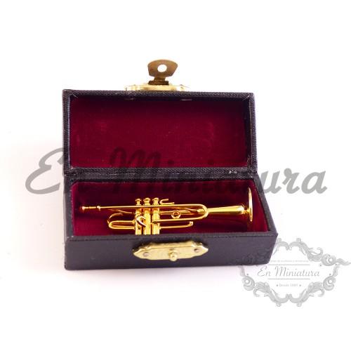 Trompeta con caja