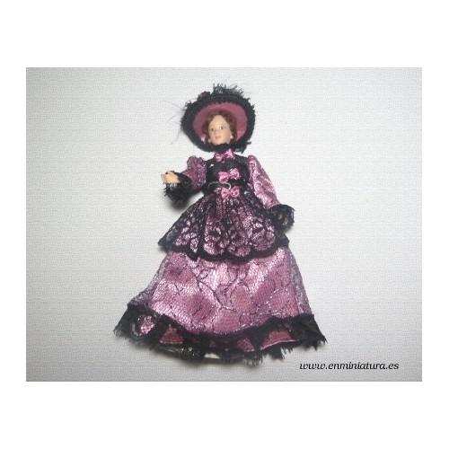 Muñeca victoriana malva