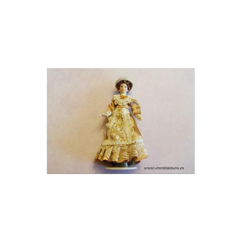 Muñeca victoriana dorada de casas de muñecas