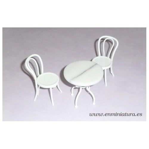 Mesa de mármol blanca con sillas